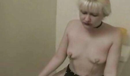 Медсестра під спідницею показати слот короткий sestra porno